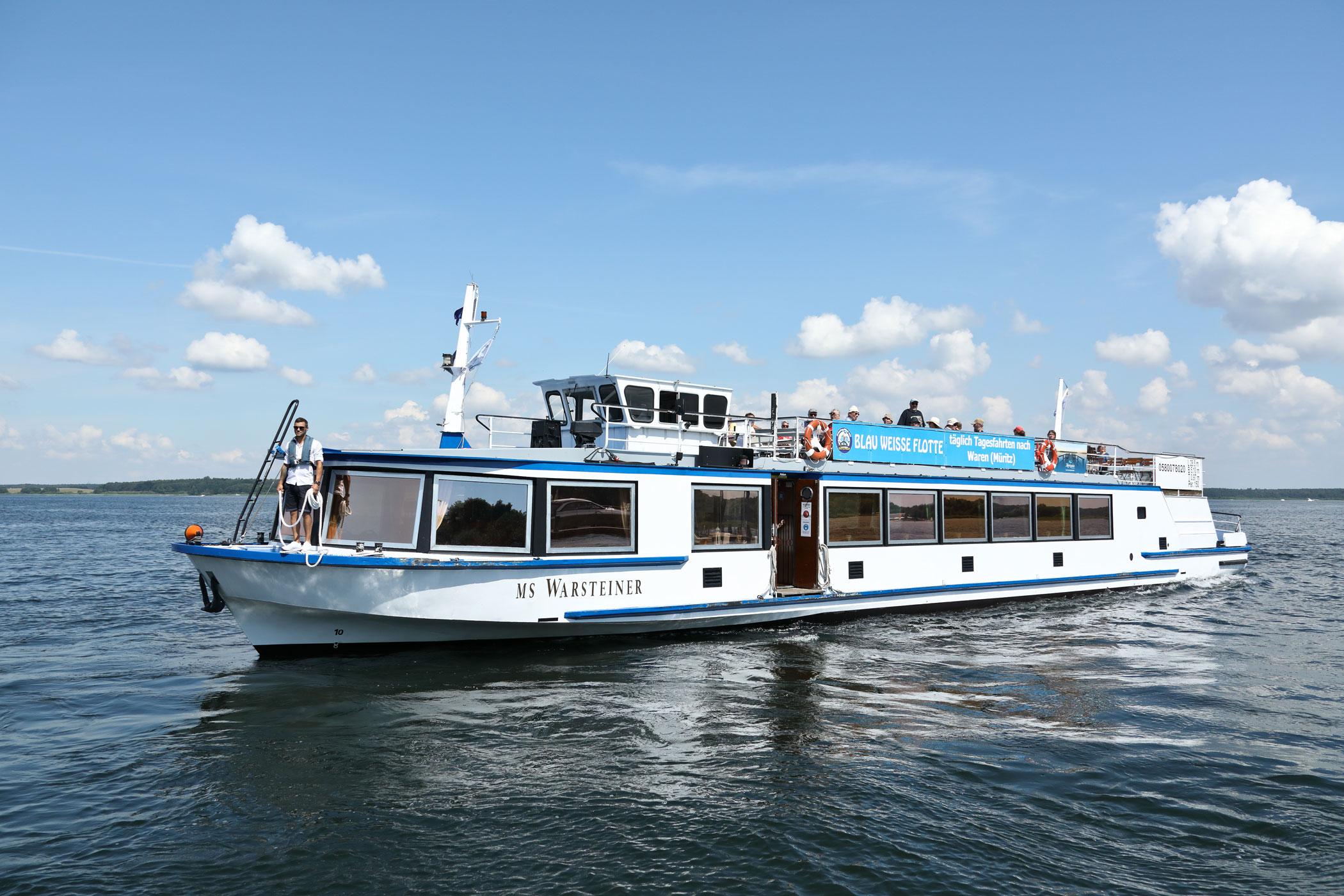 Kanalfahrt mit Müritz ab/an Nordmole