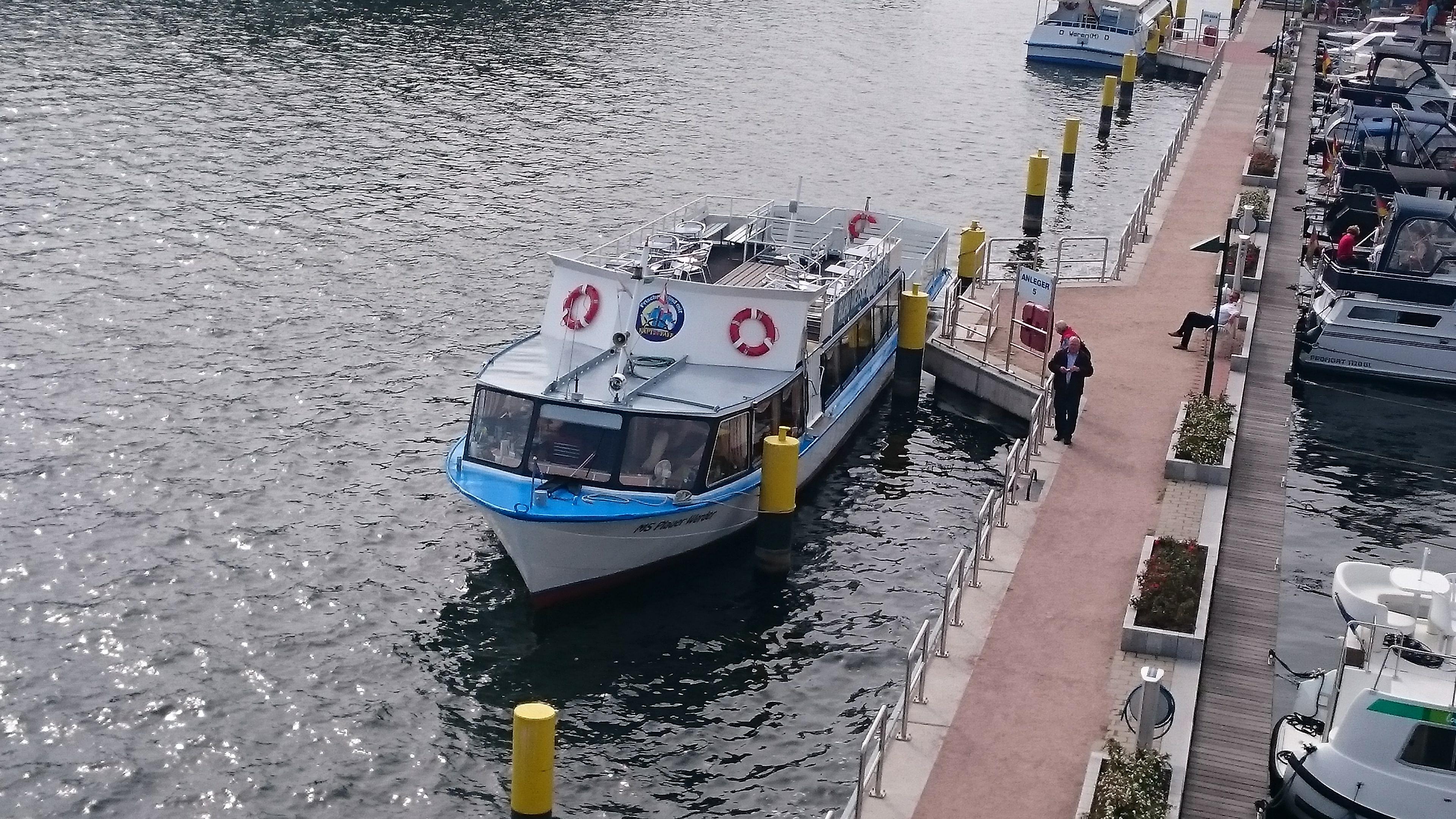 Peene Fahrt zum Kummerower See über Aalbude